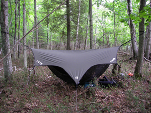Modern c&ing/backpacking hammocks ... & Using a Hammock for Kayak-Camping :: Superior Paddling
